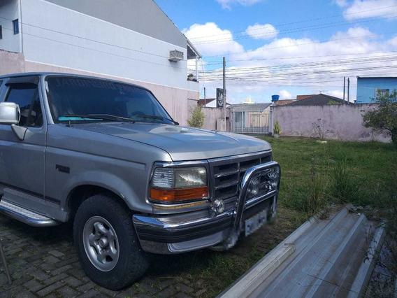 Caminhonete Ford F1000 Prata
