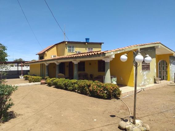 Mls # 20-6268 Casa En Venta En Coro Centro
