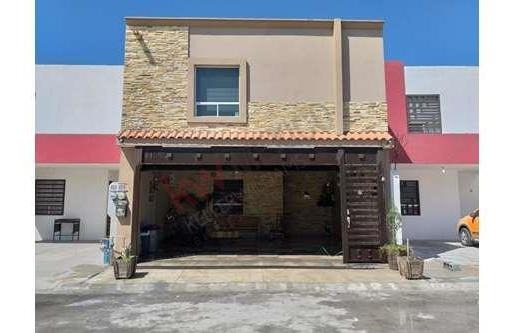 Casa En Venta En Los Encinos Residencial, Apodaca, Nuevo León