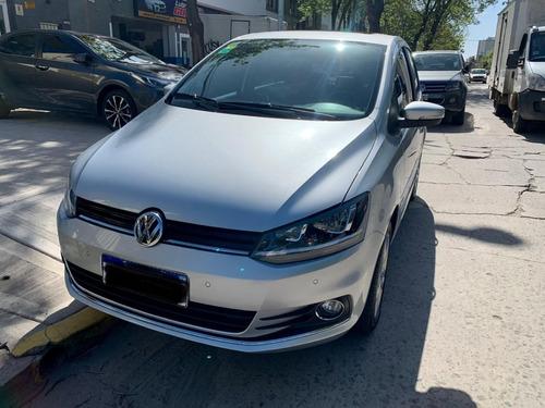 Imagen 1 de 10 de Volkswagen Fox Highline 1.6 16v 6ta