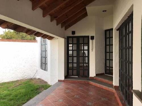 Casa En Renta En Arboledas Bernardo Quintana Querétaro
