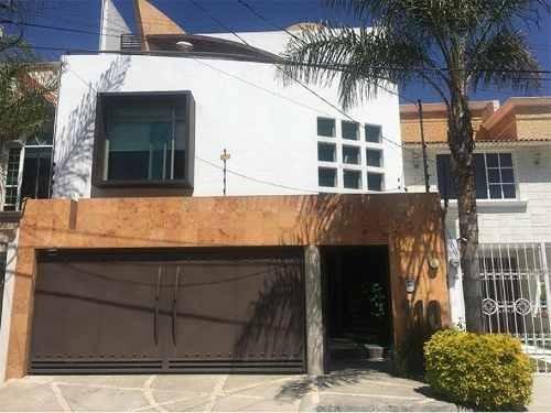 Casa Sola En Venta Fracc Arboledas San Javier 2da Secc