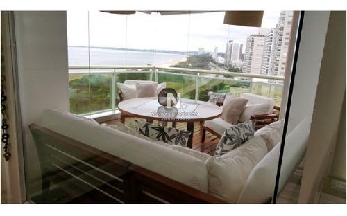 Y Uno De Los Mejores Complejos Edilicios De Punta Del Este- Ref: 3624