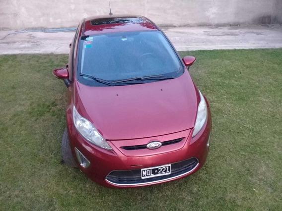 Ford Fiesta Kinetic Design 1.6 Titanium 120cv 2013