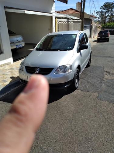 Imagem 1 de 7 de Volkswagen Fox 2009 1.0 Vht Total Flex 3p