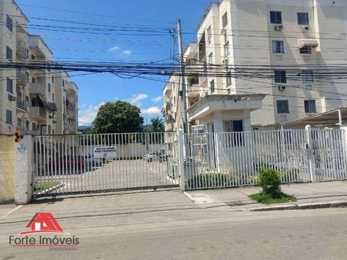 Apartamento Com 2 Quartos Amplos Em Condomínio Fechado Cg/ Rj - Ap0007