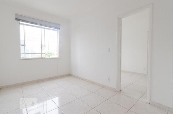 Apartamento Para Aluguel - Centro, 1 Quarto, 47 - 892821989