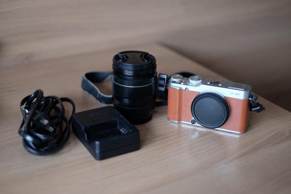 Câmera Digital Fujifilm X M1 + Lente Fujifilm Xf 18-55mm