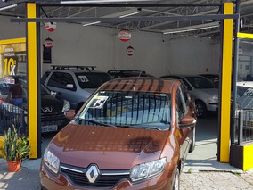 Renault Logan 1.6 2015 Top