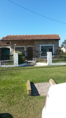 Quinta Francisco Alvarez En 2 Lotes C/esc A Pmuta/