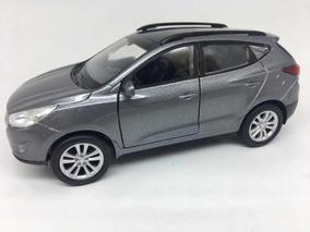 Miniatura Hyundai Tucson 2017 Cinza