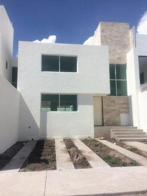 Pre-venta De Casa Habitación En Villa Magna, San Luis Potosí