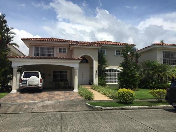 Vendo Casa De Lujo En Ph Costa Azul, Costa Del Este 19-4078