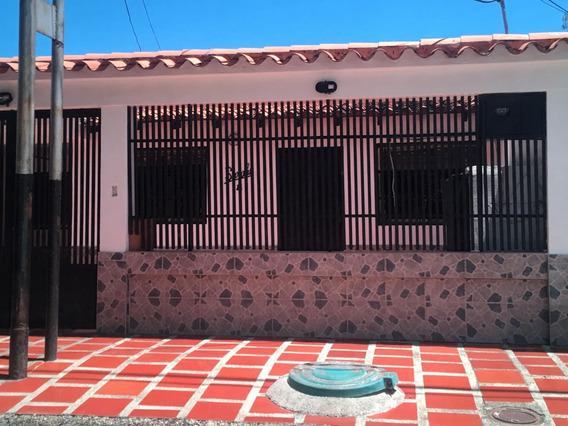 Casa En Venta En Urbanizacion Corocito Santa Cruz De Aragua