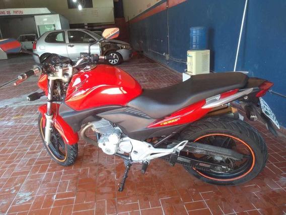Moto Cb 300 Vermelha Segundo Dono