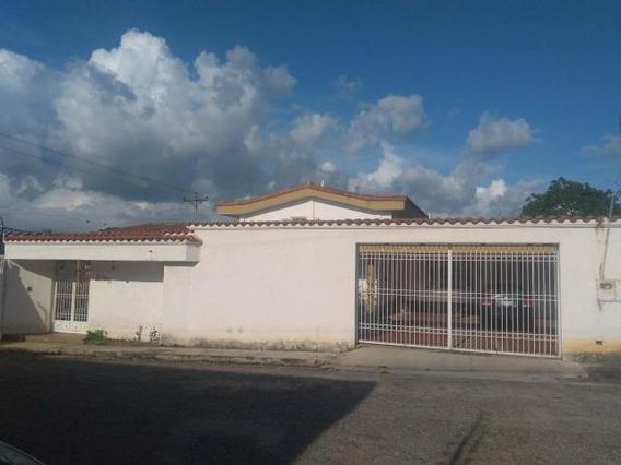 Rentahouse Lara Vende Casa 20-203