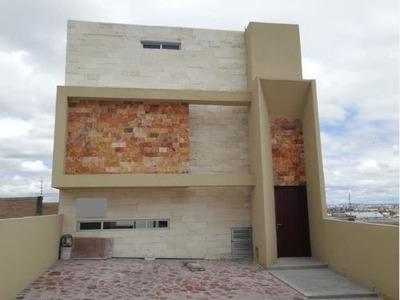 Casa Sola En Venta Fracc Campo Azul