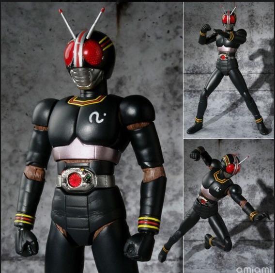 Boneco Black Kamen Rider 2.0 Sh Figuarts Bandai