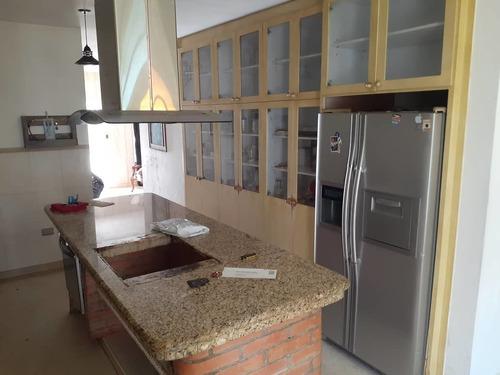 Alquiler De Quinta En Turmero/yelitza 04128859981