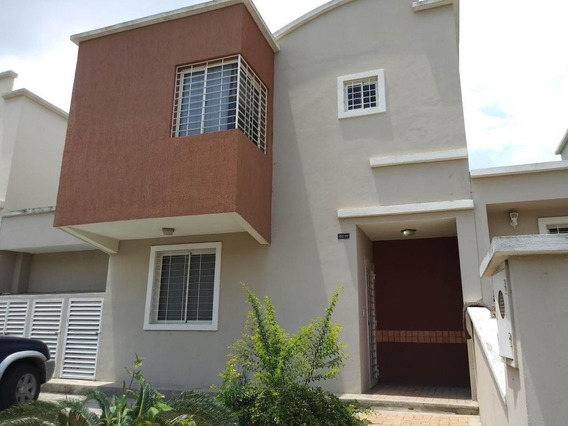 Casa En Venta En Este De Barquisimeto #20-7514
