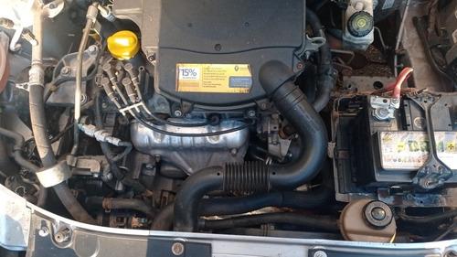 Imagem 1 de 13 de Renault Logan 2015 1.6 Expression Hi-power Easy-r 4p