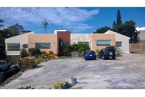 Venta De Propiedad Para Oficinas, En Colonia Maravillas, Cuernavaca, Morelos