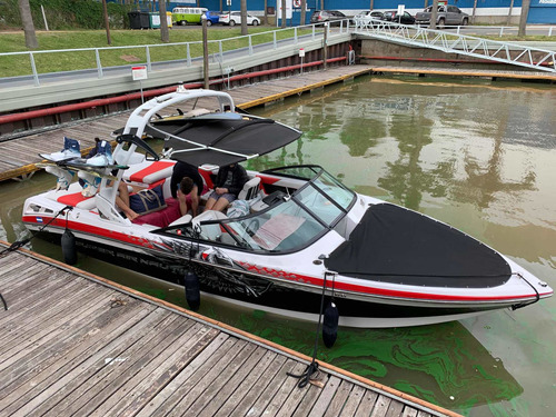 Super Air Nautique 230 Team Edition Wakeboard/surf Impecable