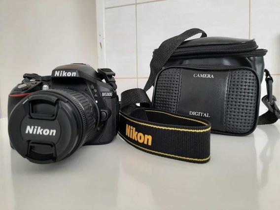 Câmera Nikon D5300 C/ 18-55mm + 64 G + Bolsa P Camera