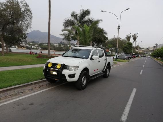 Vendo Mitsubishi L200 2012 4x4