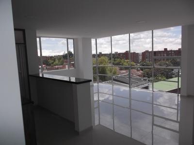 Arriendo Apartamento En Modelia - Bogota
