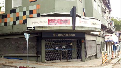 Venta Excelente Esquina Locales Comerciales Y Casa. Centro