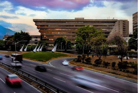Oficina En Venta Mls #20-9409 Rapidez Inmobiliaria Vip!