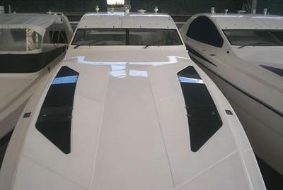 Lancha Intermarine Excalibur 45