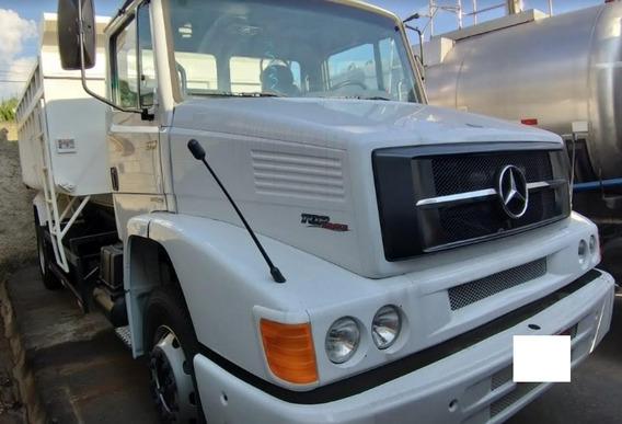 Caminhão Caçamba Mercedes 1318 2011 Reduzido