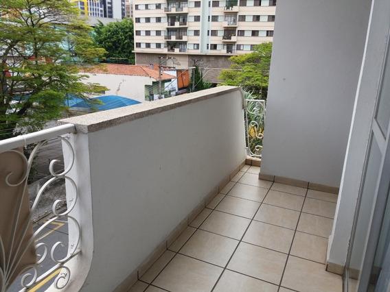 Apartamento 3 Dormitórios, Sendo 1 Suite Com Closset, Centro