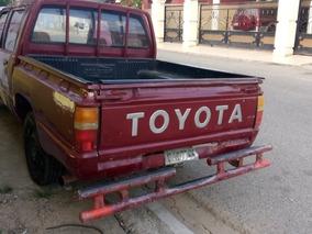 Toyota Hilux Américana