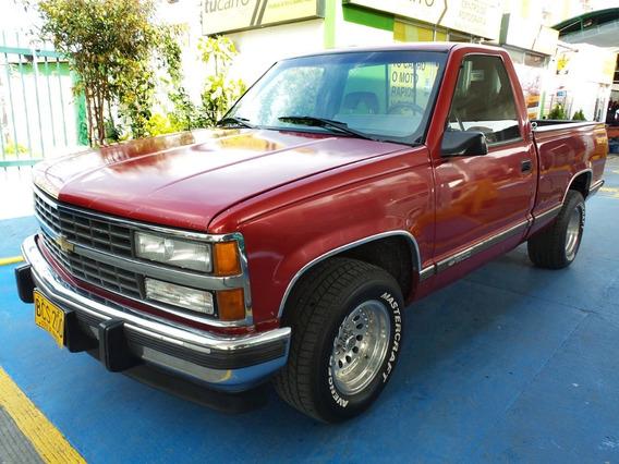 Chevrolet Silverado 4x2 At