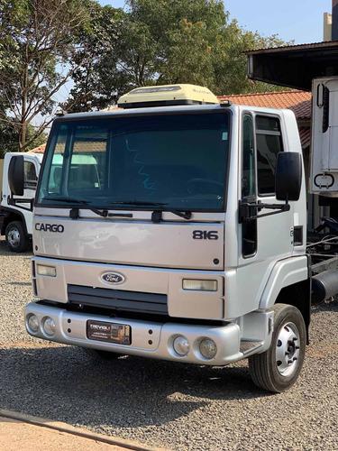 Imagem 1 de 11 de Ford Cargo 816 S