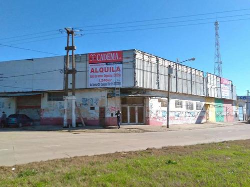 Imagen 1 de 8 de Salón De Venta, Oficinas Y Depósito En Alquiler En Campana. 1240 M2. Sobre Colectora Sur Panamericana