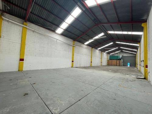 Imagen 1 de 13 de Bodega Industrial O Comercial En Renta. Tlalnepantla.