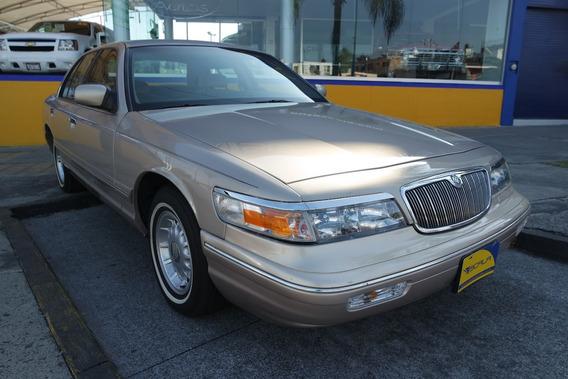 1997 Ford Grand Marquis Ls 8 Cilindros excelente Estado