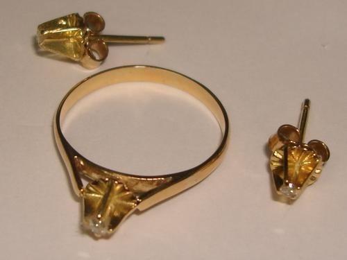 Ivi1388 = Conjunto O.amarelo 18k ! Diamantes!