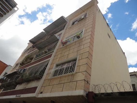 Apartamentos En Venta Mls #19-16839 Yb