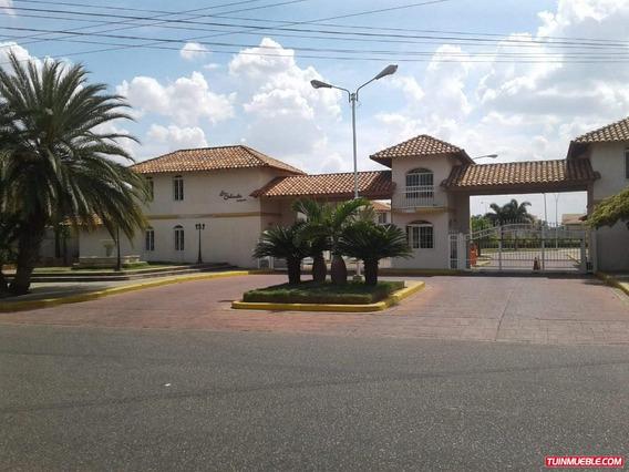 Paseo Real Bienes Raices Ca Vende Casa Urb La Sabanita