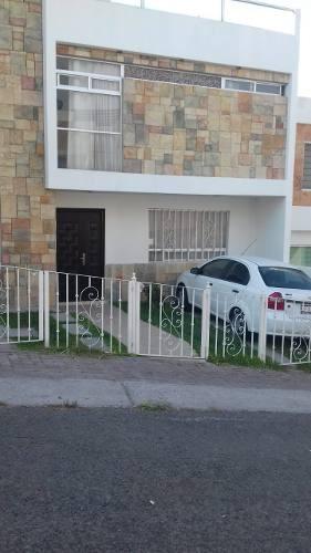 Mta/ Hermosa Casa Con Vista Espectacular