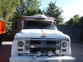 Vendo Volcador Chevrolet C-60. Mecanica Mercedes Turbo