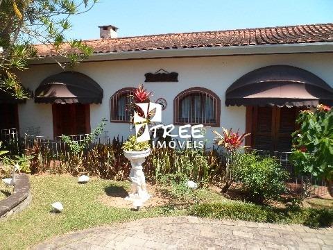 Venda - Casa - Condomínio Arujazinho I Ii Iii - Excelente Imóvel Com Área Total 1.500m², Distribuídos, 4 Suítes, Hidro, 2 Salas, Venha Conferir - Ca00797 - 2146160