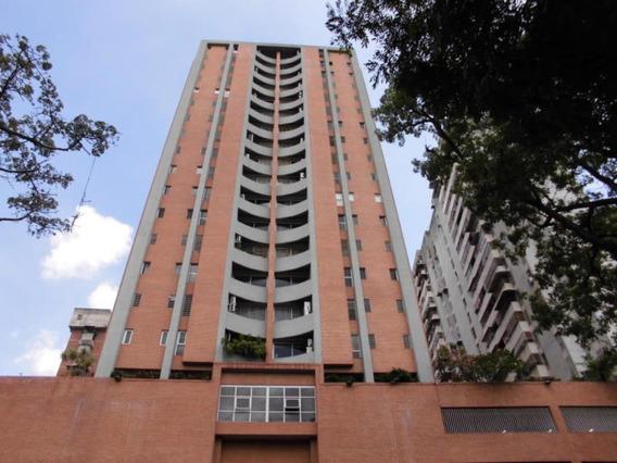 Apartamento En Venta Mls # 20-10645