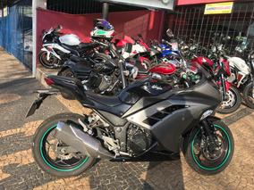 Kawasaki Ninja 300 R