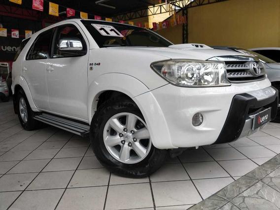 Toyota Hilux 3.0 Srv 7l 4x4 Aut. 5p